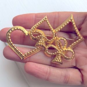 Trifari lucky brooch